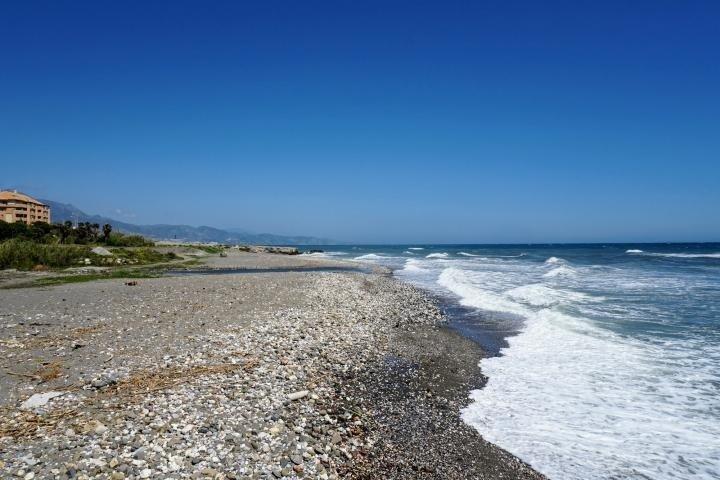 Playa del Río Torrox