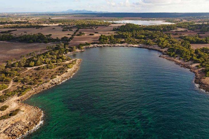 Playa Cala en Tugores