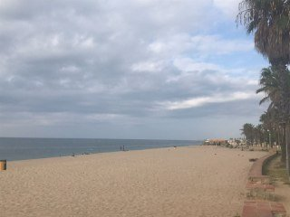 paseo playa de canet de mar