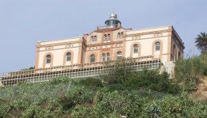 Faro de Montjuich
